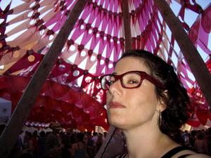 Mimi_at_the_fair03